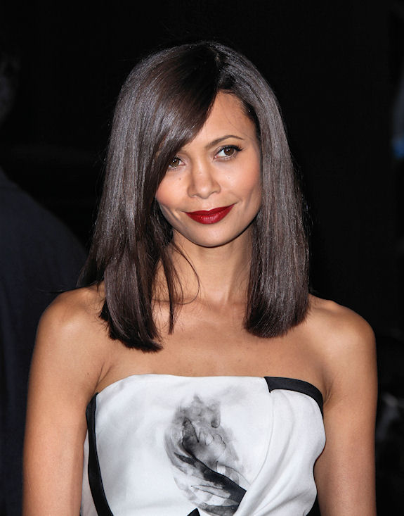 Medium Length Hair Shoulder length and collarbone length